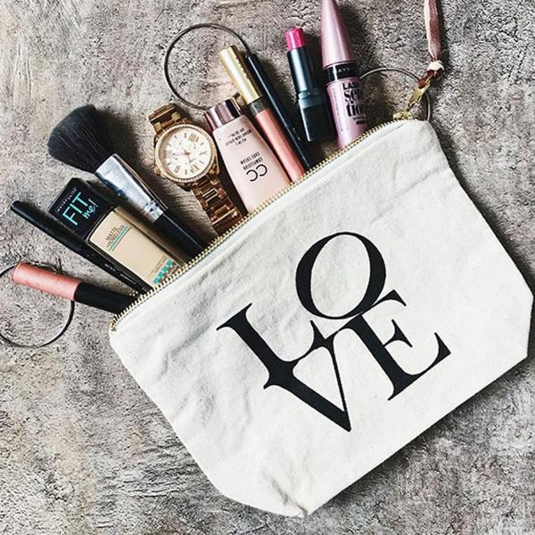 EVERYDAY ESSENTIAL POUCH - LOVE-FASHION-PropShop24.com