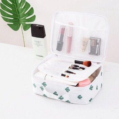 Cosmetic Travel Organizer-TRAVEL ESSENTIALS-PropShop24.com