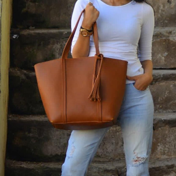 Tote - Tan - Minimal-FASHION-PropShop24.com