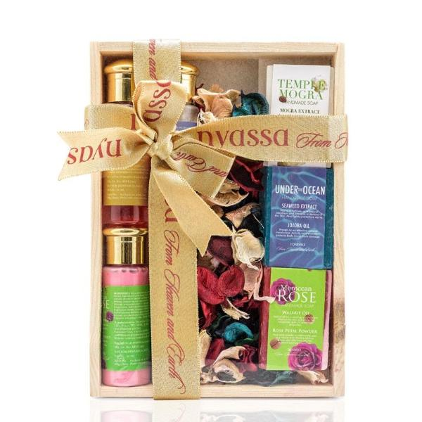 Gift Sets - Wooden Box - Set Of 7-WOMEN-PropShop24.com