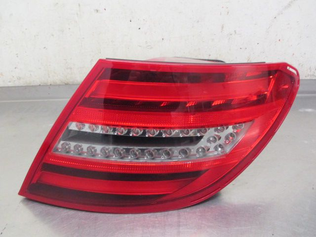 2049060503 TAIL LAMP RIGHT SIDE W204 C CLASS F/L FULL LED NEW 2012+