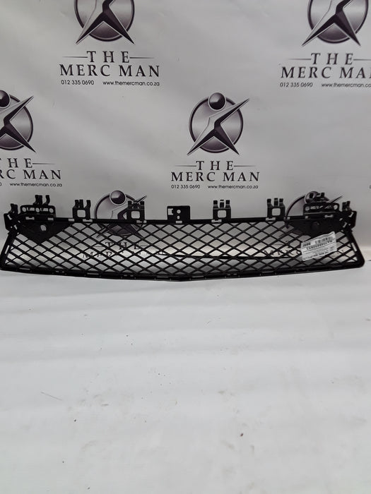 A2048850853 Fr Bumper Centre Vent Grille W204 C Class AMG Spec 2011-2014 New Alternate