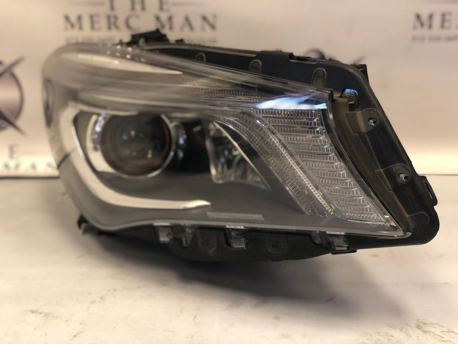 1179067600 Headlamp W117 CLA Class RHS Used Xenon Intelligent