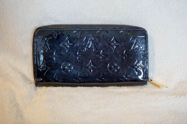 Louis Vuitton Vernis Zippy Wallet - Kaitlyn Athena