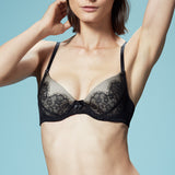 Akiko Ogawa Lingerie | Seduction - Molded push-up Bra - Black - Model