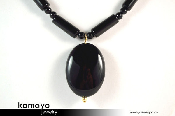 BLACK ONYX NECKLACE - Smooth Oval Pendant and Column Beads