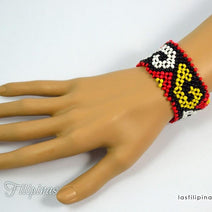 "TRIBAL BRACELET <span class=""subtitle"">- Wide Ethnic Mandaya Beaded Design </span>"