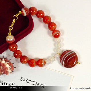 Sardonyx Bracelet - Coin Red Sardonyx Pendant With White Onyx Beads