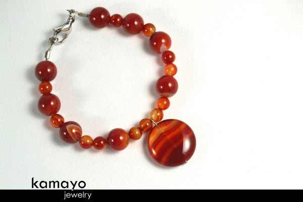 RED AGATE BRACELET - Coin Pendant