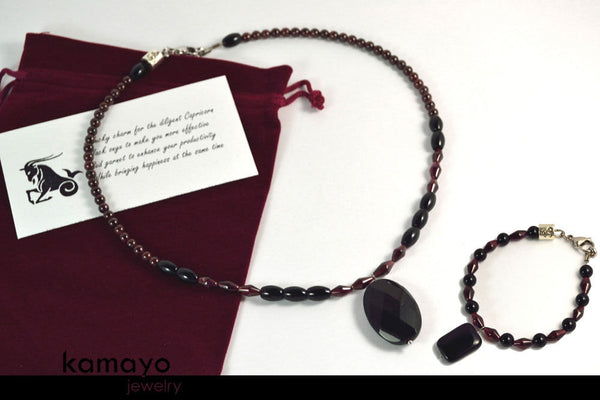 Capricorn Jewelry Set - Princess Necklace And Bracelet - Black Onyx Pendants And Red Garnet Beads