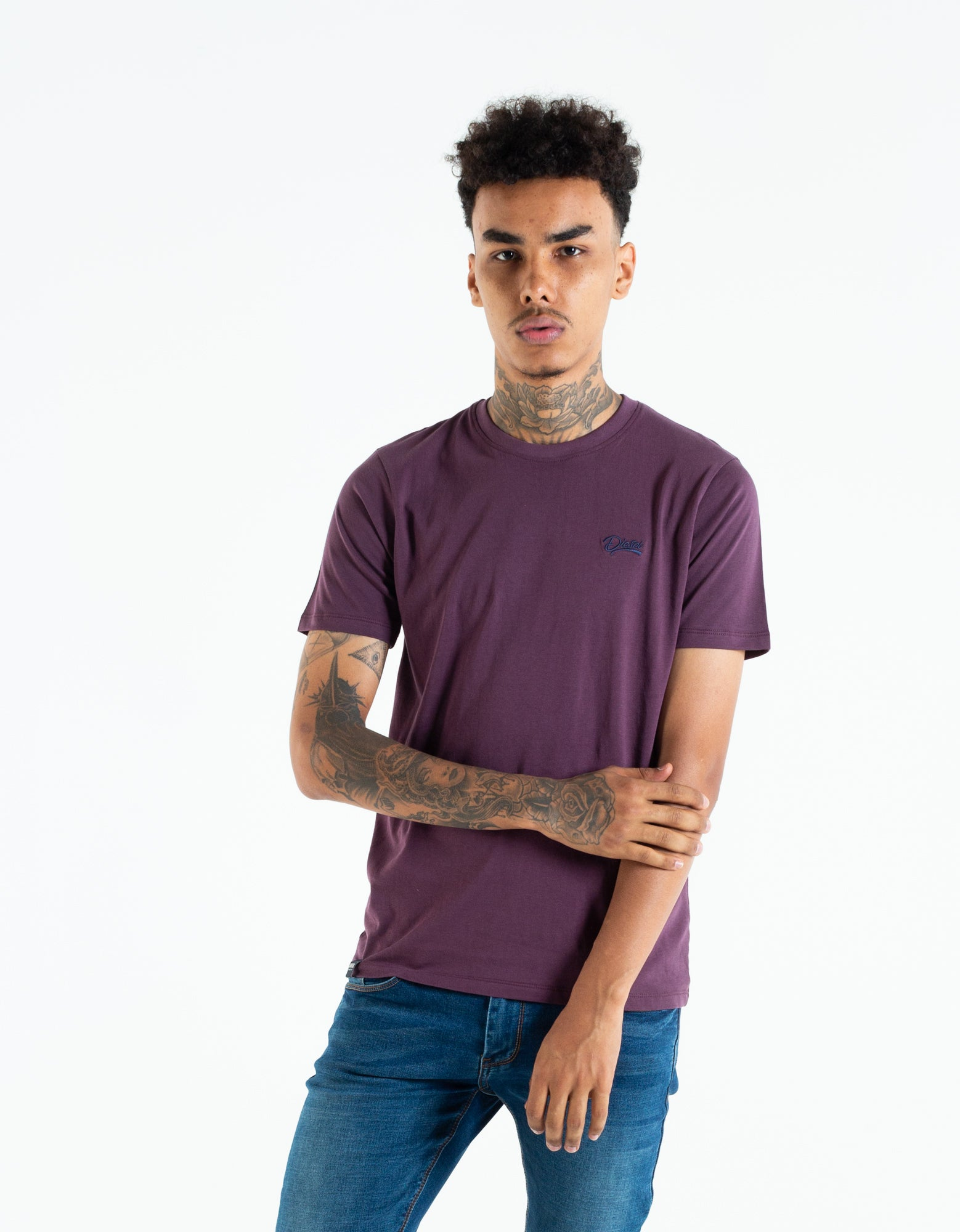 BASIC SCOTT O NECK TEE BLACK CHERRY
