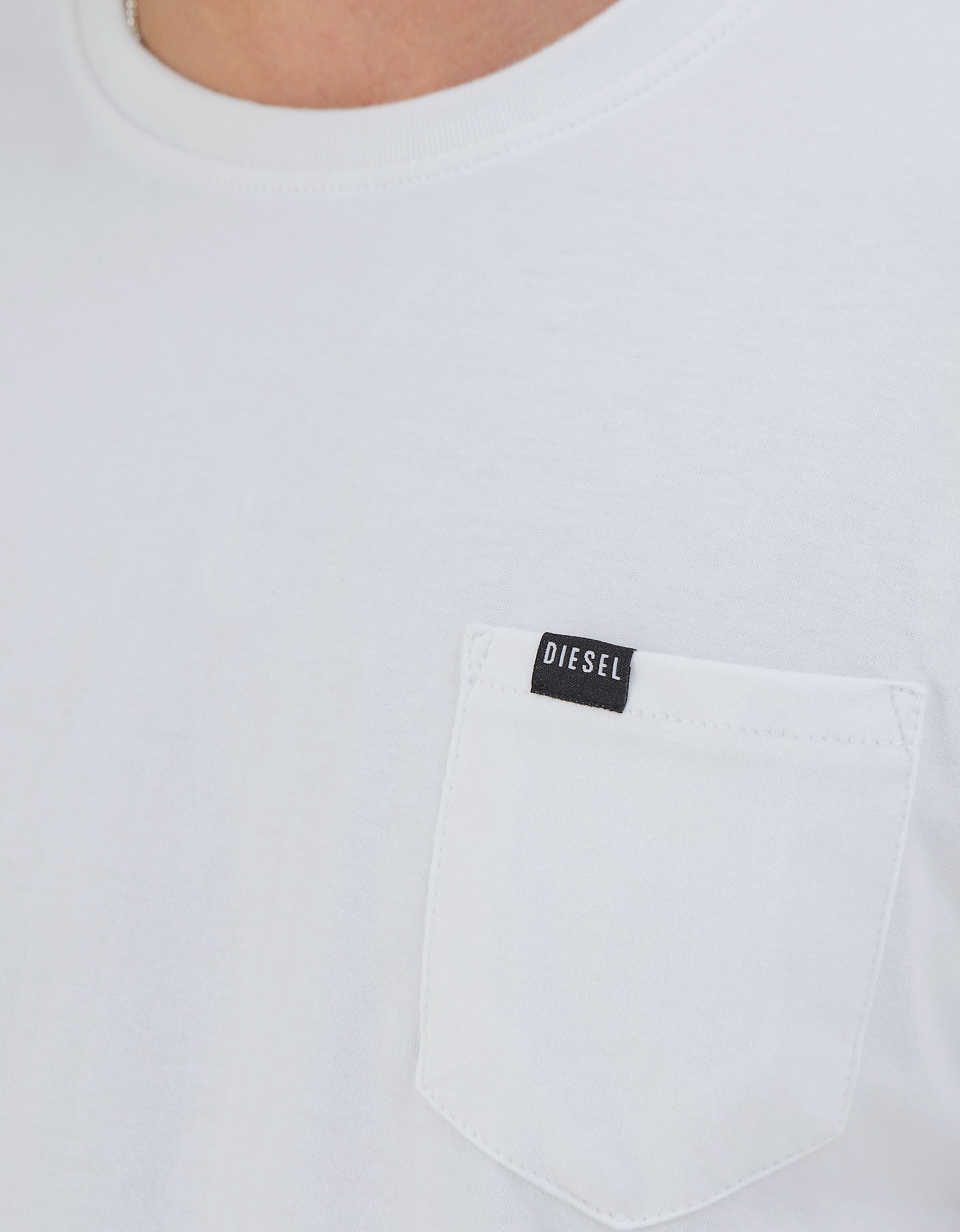Basic Brett Pocket Tee Optic White