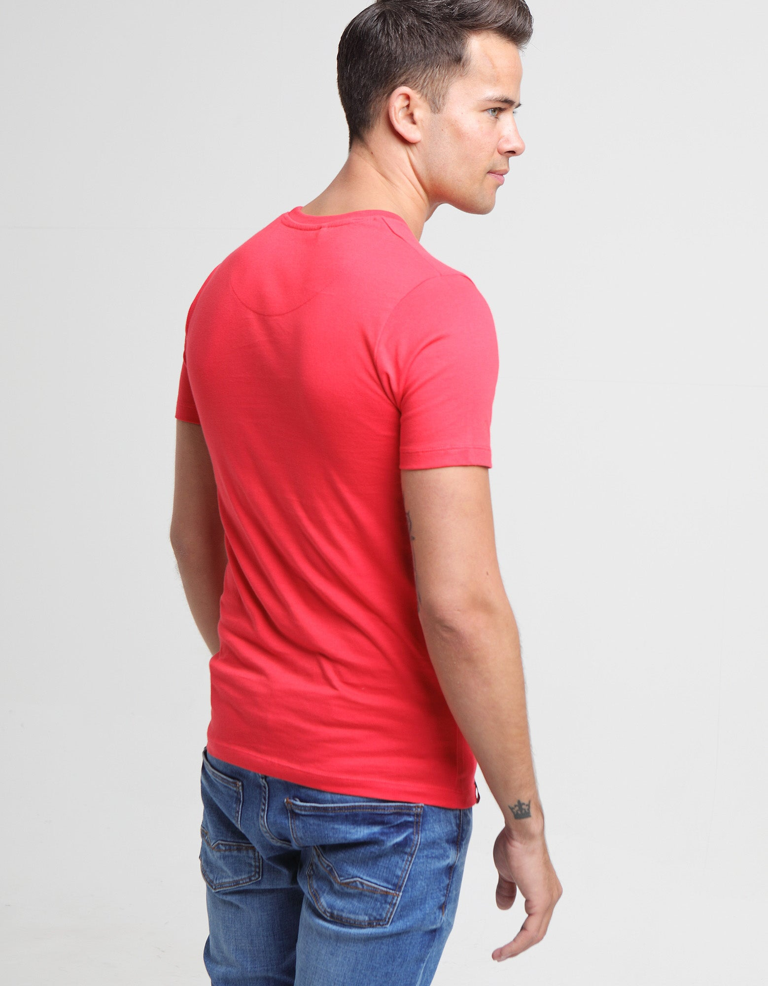 Basic Scott O Neck Tee Poinsettia Red