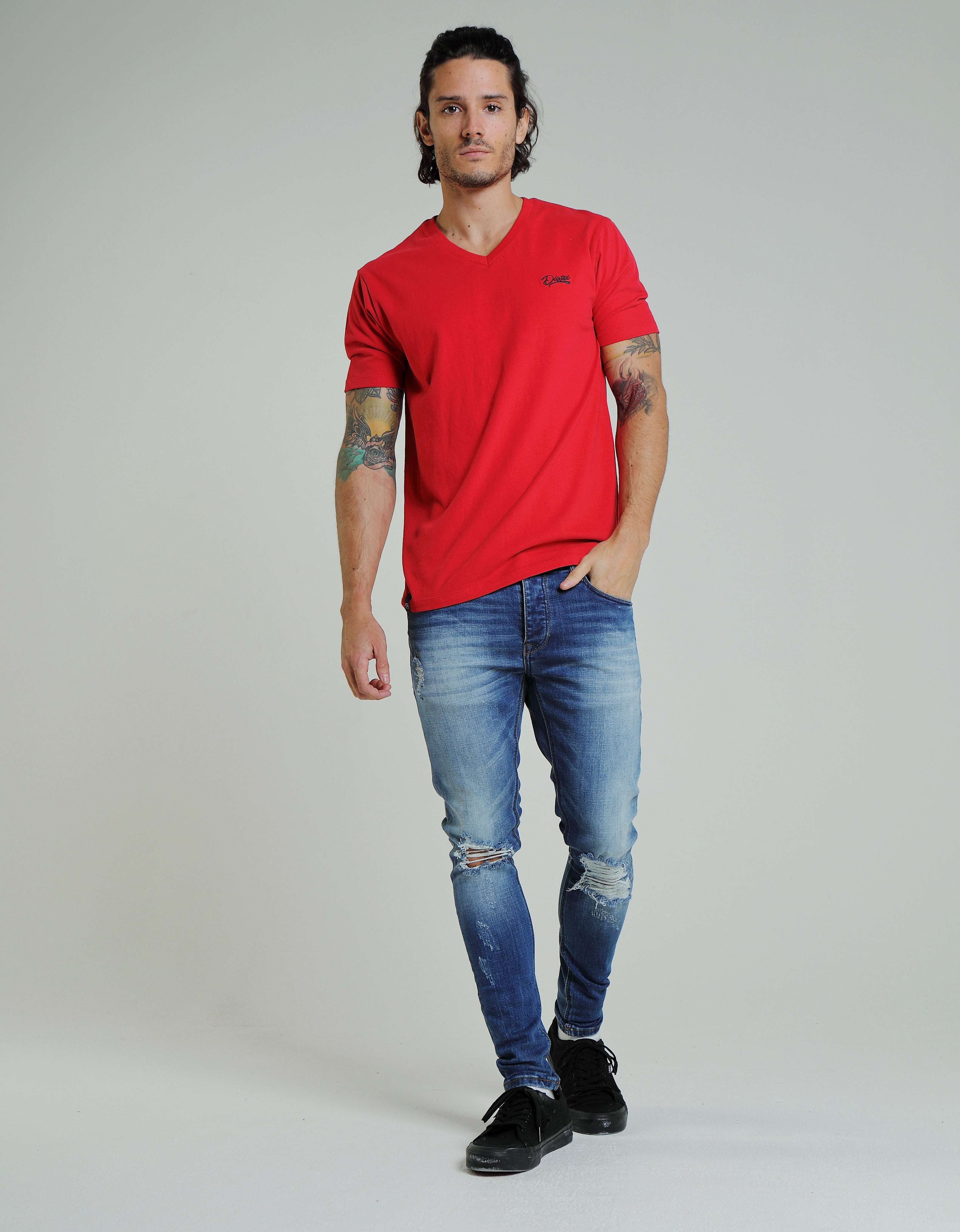 Basic Scott V Neck Barbados Cherry