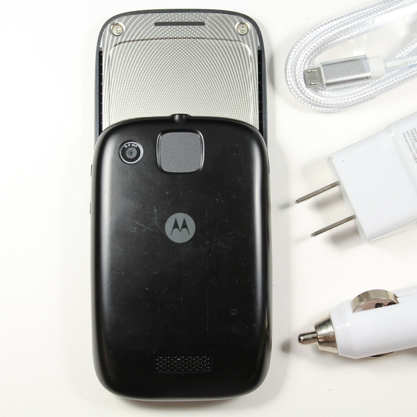 Motorola Spice XT300 (UNLOCKED GSM) 2G Slider Smartphone 3MP Camera Android