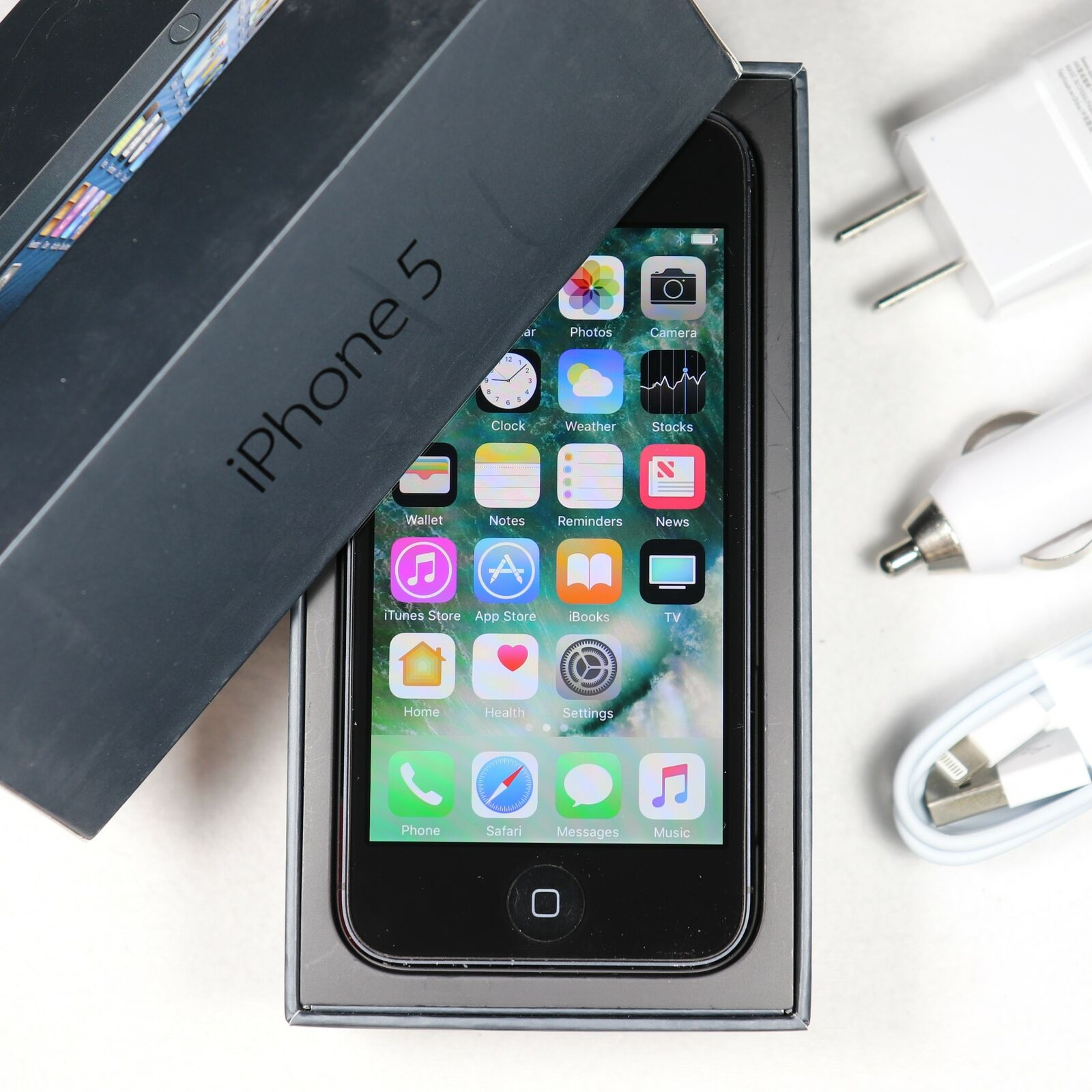 Apple iPhone 5 (AT&T) 4G LTE High Speed 32GB - A1428 - Black In Original Box