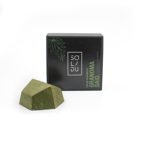 Sustainable SOLIDU solid green shampoo bar for hair with natural nettles and tamanu oil