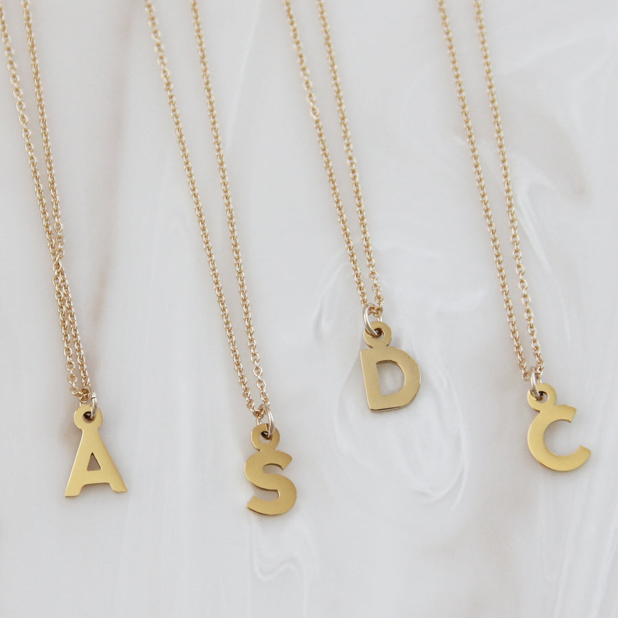 INITIAL/NUMBER NECKLACE