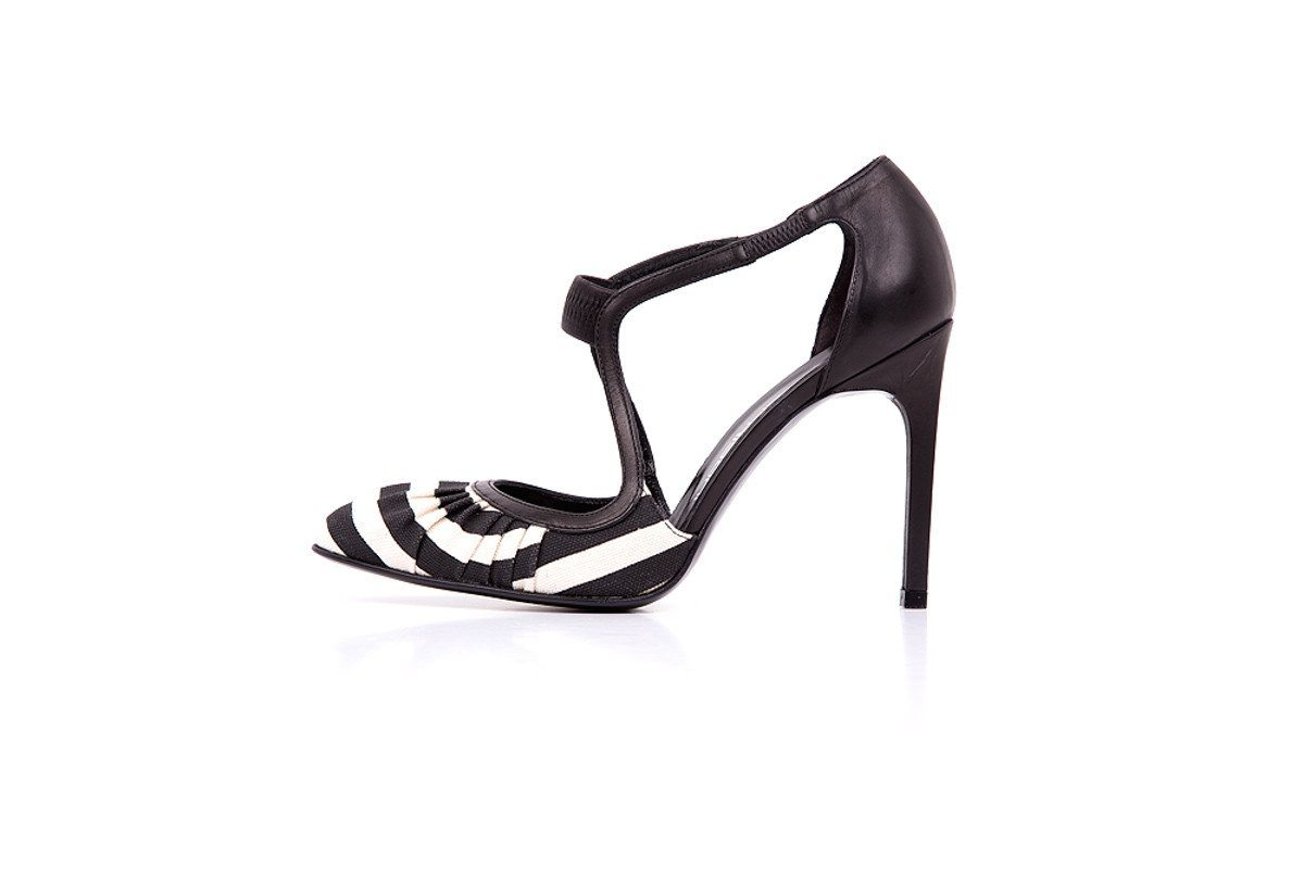 Brunofrisoni 36.5 Black & White Canvas Leather Back Heels