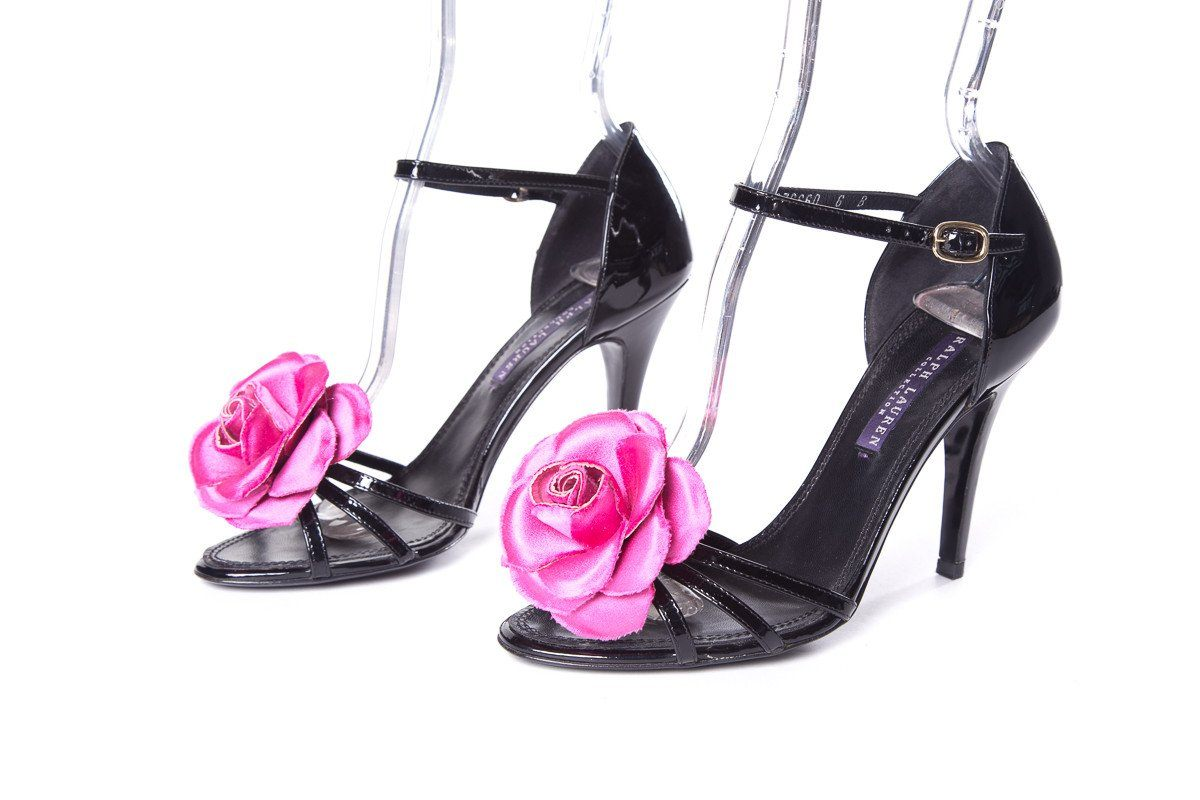 Ralph Lauren Black and Pink Rose Detail Sandals SZ 6