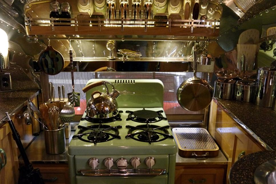 RV Maintenance Hacks | How to Care for the Vintage Stove in Your RV