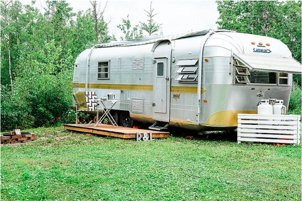Guest Blog by YEG Inspired | Repurposed Pallets for a Portable Trailer Deck
