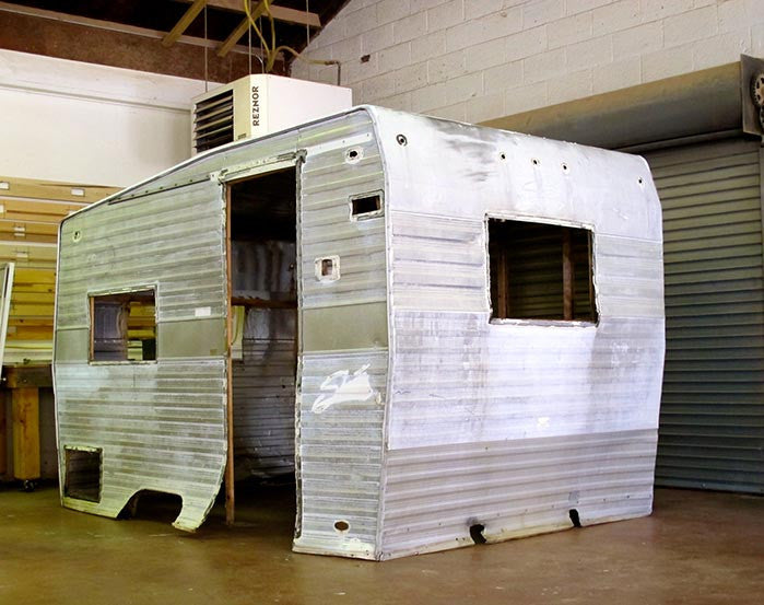 10 vintage RV DIY before & afters that are giving us goosebumps
