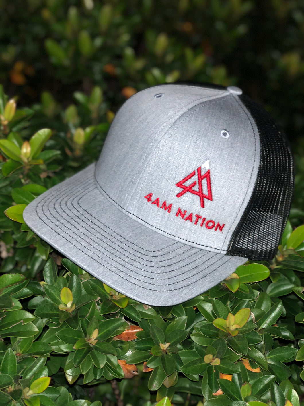 HEATHER GREY AND BLACK - RED LOGO WHITE TIP