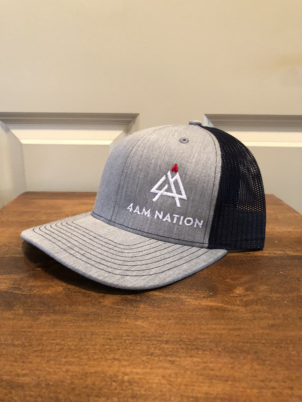 HEATHER GREY AND NAVY - WHITE LOGO RED TIP