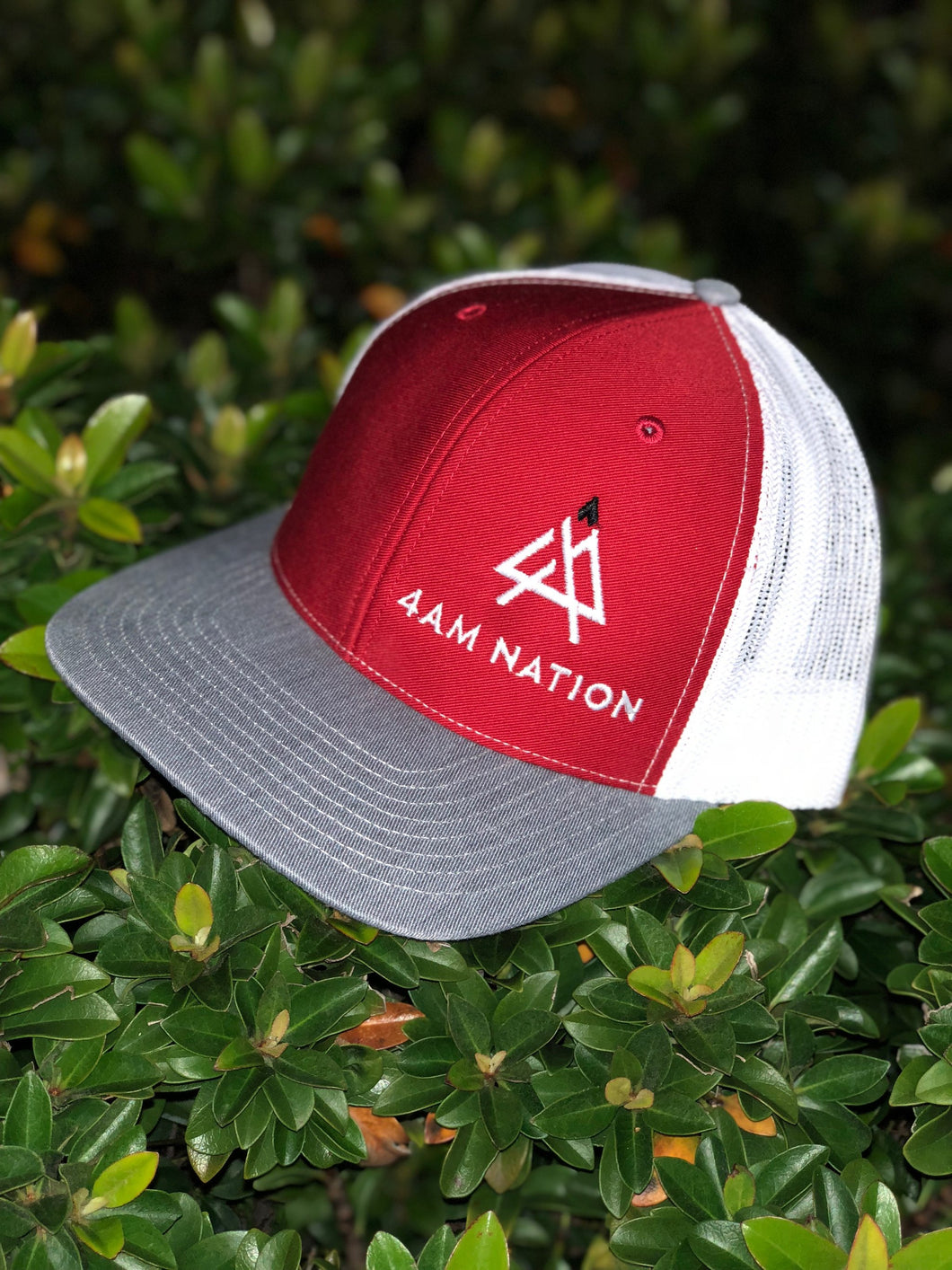 RED WHITE AND HEATHER GREY - WHITE LOGO BLACK TIP