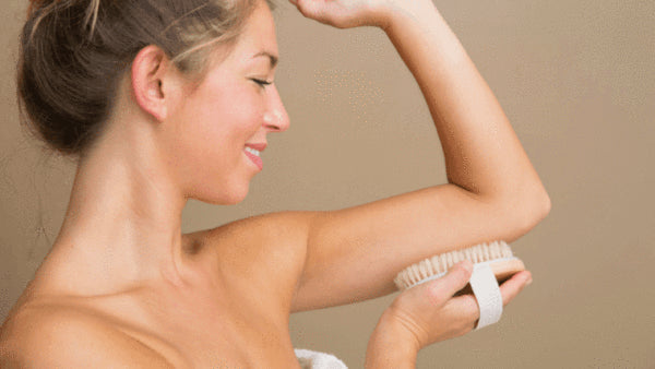Dry Brush to get rid of cellulite