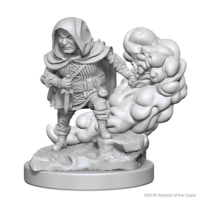 Miniature: Nolzur's | Halfling Male Rogue