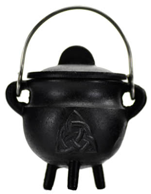 Cauldron Iron with Lid Triquetra