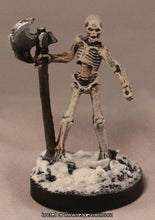 Miniature: Plastic | Skeleton Warrior Axman