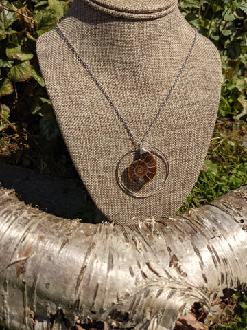 AMMONITE HOOP NECKLACE IN STAINLESS STEEL-NECKLACES-Jipsi Junk-JipsiJunk