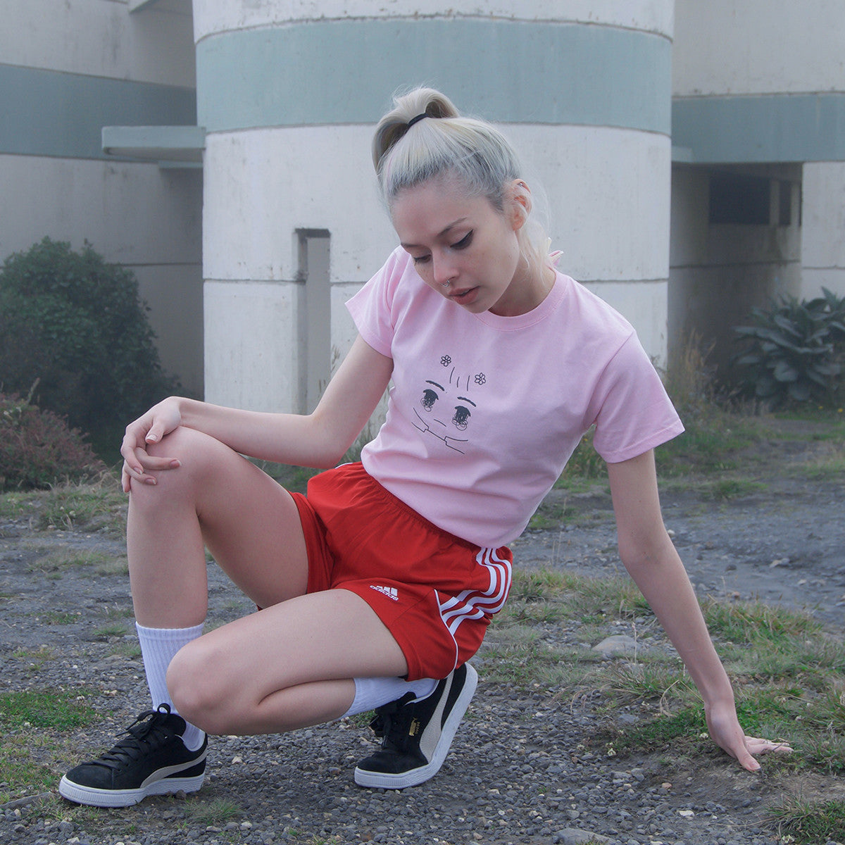 "PINK ""EYES ON U"" SHIRT (girls fit)"