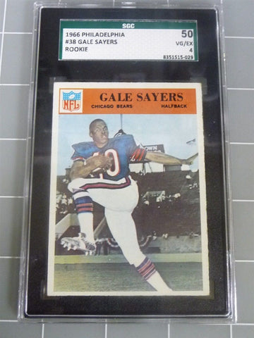 1966 Philadelphia Gale Sayers #38 Chicago Bears SGC 50 VG/EX 4 Football Card - Manassas Consignment