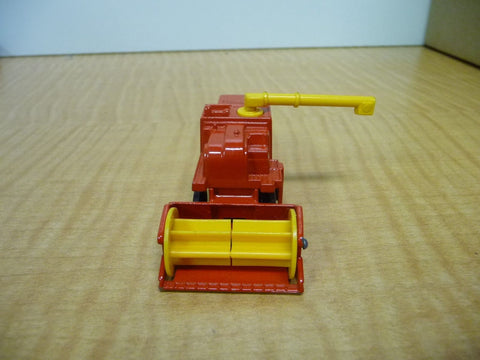 1977 Matchbox Combine Harvester NO.51 Red And Yellow - Manassas Consignment