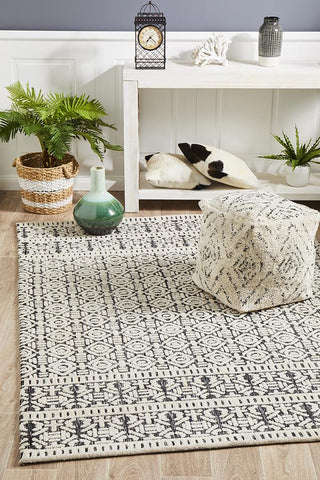Antalya Ivory Black Transitional Rug