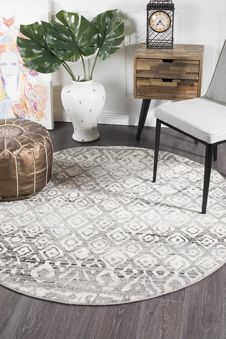 Paradise Dark Grey Tribal Round Transitional Rug