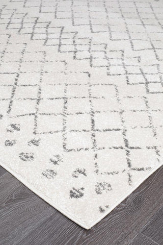 Best Paradise White And Grey Tribal Rug – Lost Design Society VX48