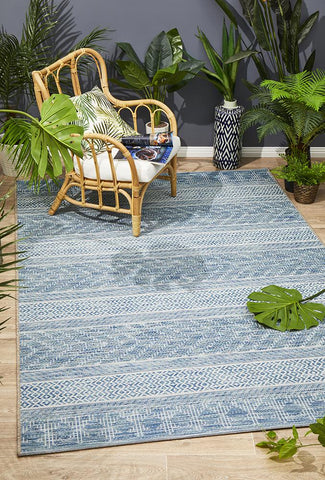 Promenade Indoor/Outdoor Urban Blue Rug