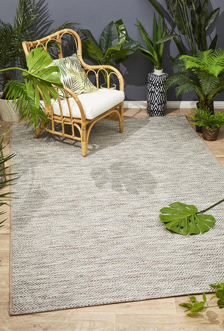 Promenade Indoor/Outdoor Clara Diamond Natural Rug