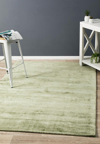 Dusk Modern Distressed Rug Green
