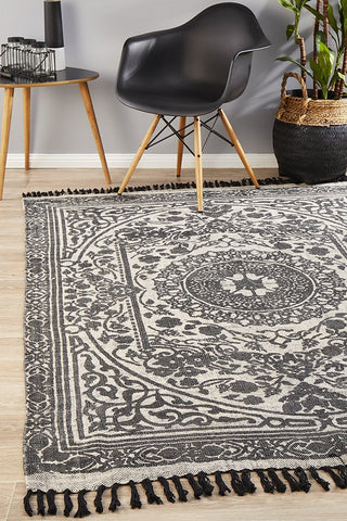 Bantu Chain Black Rug - Lost Design Society