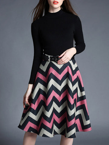Special Two Pieces Black Sweater and Wave Stripe Long Skirt Dress Suits