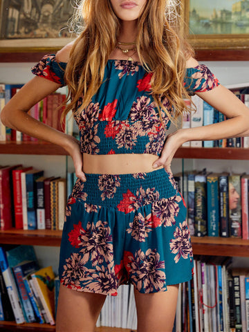 Floral-Print Off Shoulder Round Neck Bohemia Shirt and Shorts Suit