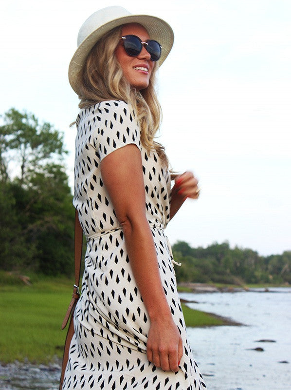 Anomalous Dot Printed Short Sleeve V Neck Side Split Maxi Dress