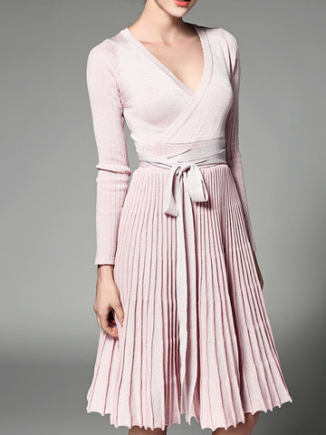 V-Neck Long Sleeve Pleated Lace-up Slim Fit Sweater Dress