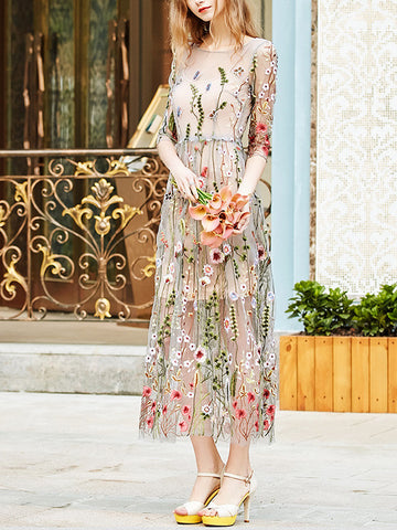 Floral Embroidery Round Neck 3/4 Sleeve Maxi Dress